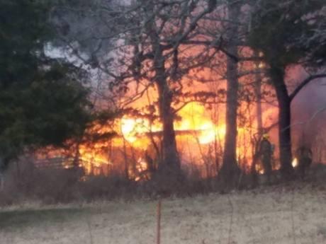 childhood-home-burning-feb-4-2017